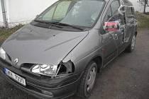 Auto, v němž policisté našli opilého řidiče, bylo nápadné na první pohled. Opravy nesly stopy svérázné opravářské tvořivosti.