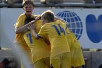 Svěřenci kouče Pavla Tvarůžka mají důvod k radosti. Starší žáci FC Vysočina vybojovali na evropském finále Nike Premier Cupu 2008 v polské Lodži skvělé páté místo.
