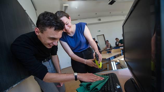 Opatření proti šíření koronaviru na Gymnáziu Havlíčkův Brod.