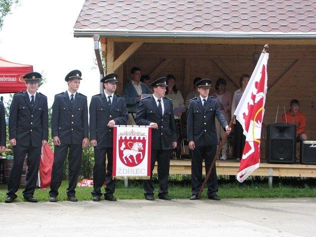 Ani dobrovolní hasiči nechyběli.