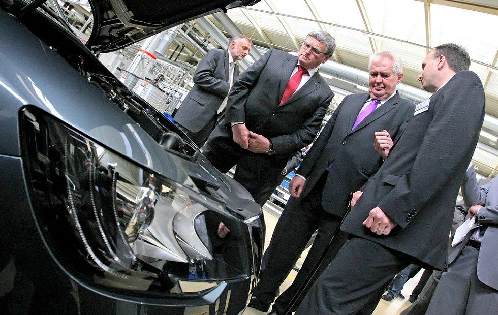 První den návštěvy prezidenta Miloše Zemana v Kraji Vysočina. Další zastávkou byla významná strojírenská firma Bosch Diesel.
