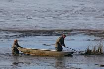 Prvním z větších rybníků, do jehož výlovu se pustili žďárští rybáři, byl Veselský rybník.