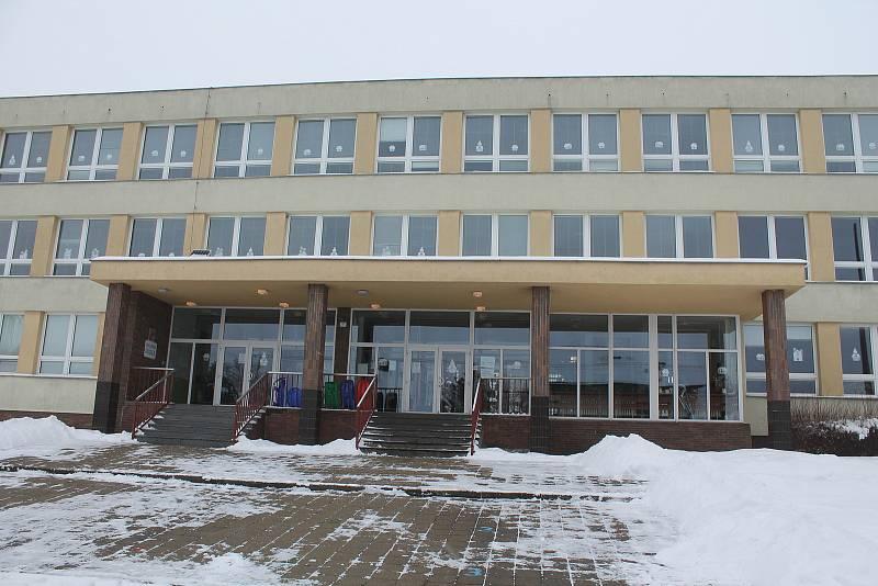 V místní škole působí Dětský Ámos 2019 Jiří Palán.