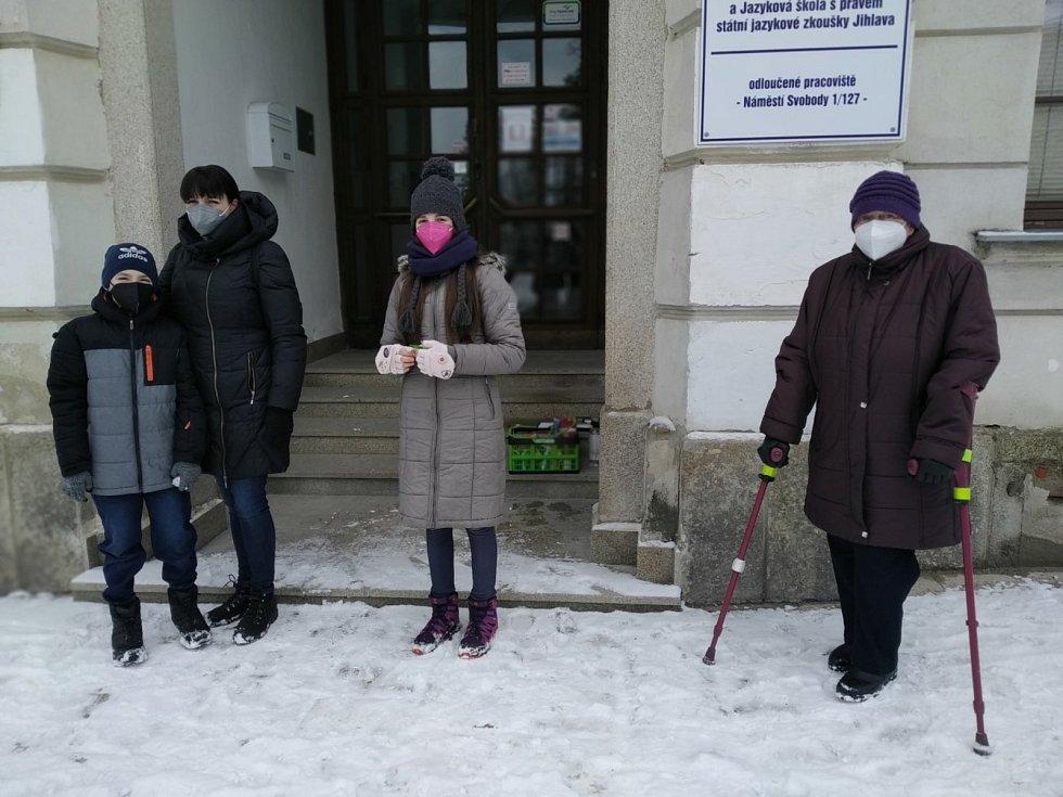 Nic je neporazí. Na boj s roztroušenou sklerózou vybrali účastníci sobotního výšlapu přes tisíc korun.