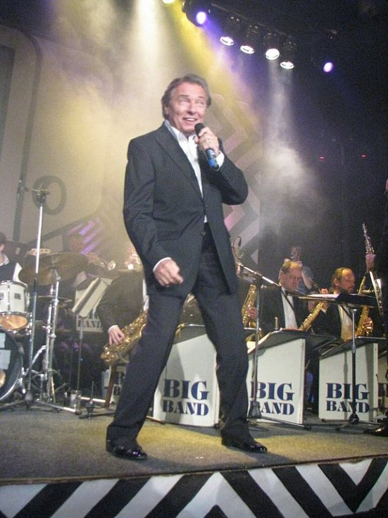 Tančírna v Třešti přivítala v sobotu Karla Gotta společně s Big Bandem Felixe Slováčka