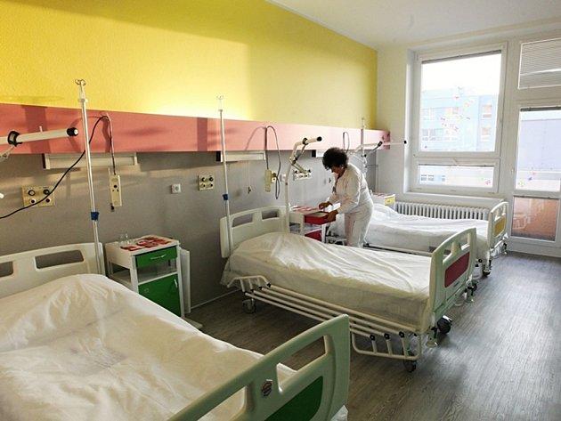 Voní novotou. Pokoj má na hospitalizované působit domácky.