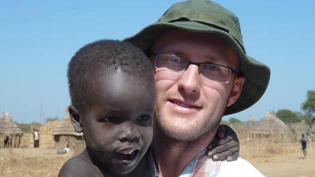 Lékař Petr Kozmon v Jižním Súdánu.