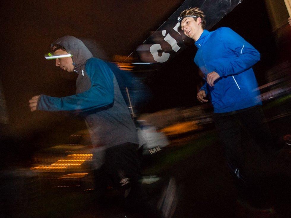 Charitativní Noční běh pro Světlušku 3. května v Jihlavě.