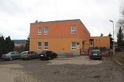 Školka v Kamenici nutně potřebuje další budovu.