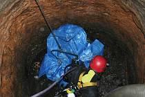 Studna odkryla zavražděného muže.