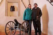 Kastelánka Kateřina Rozinková se svým manželem Josefem, který je správcem hradu.