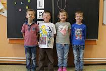 Na fotografii jsou žáci 1. třídy Základní školy v Krahulčí. V letošním roce do 1. třídy nastoupili 4 žáci. Příště představíme prvňáky ze Základní školy Nová Říše.