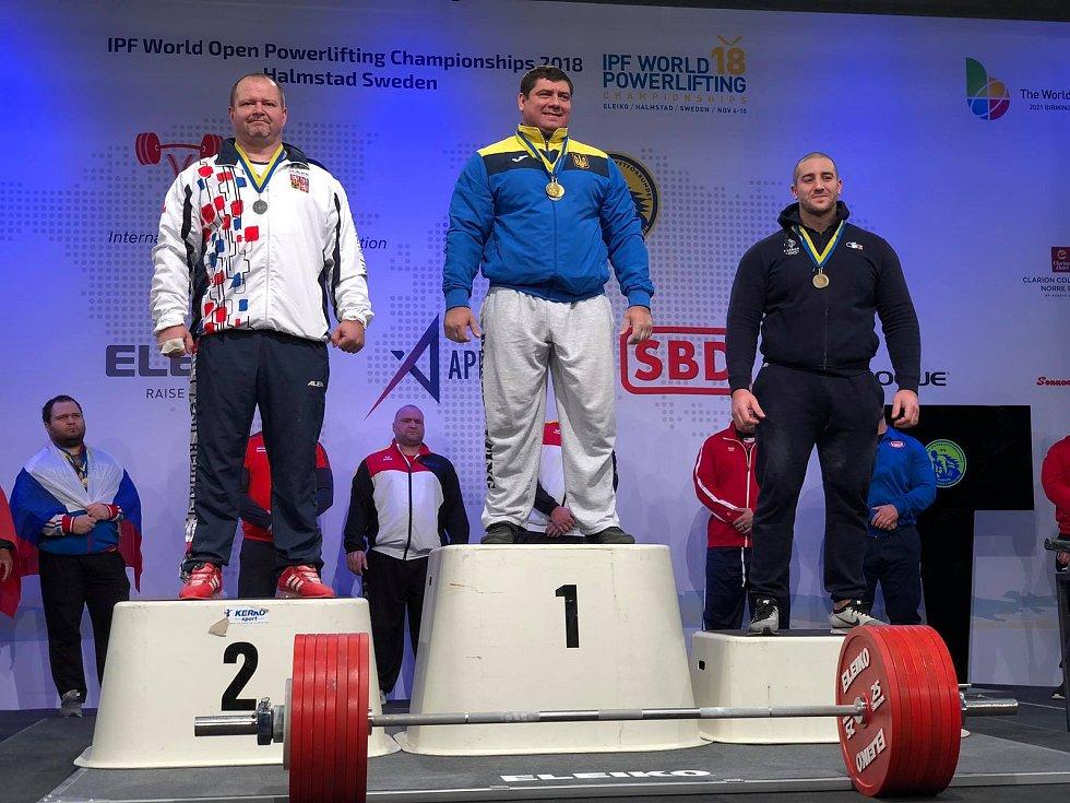 Tomáš Šárik vylepšil ve Švédsku český rekord a získal stříbro za mrtvý tah.