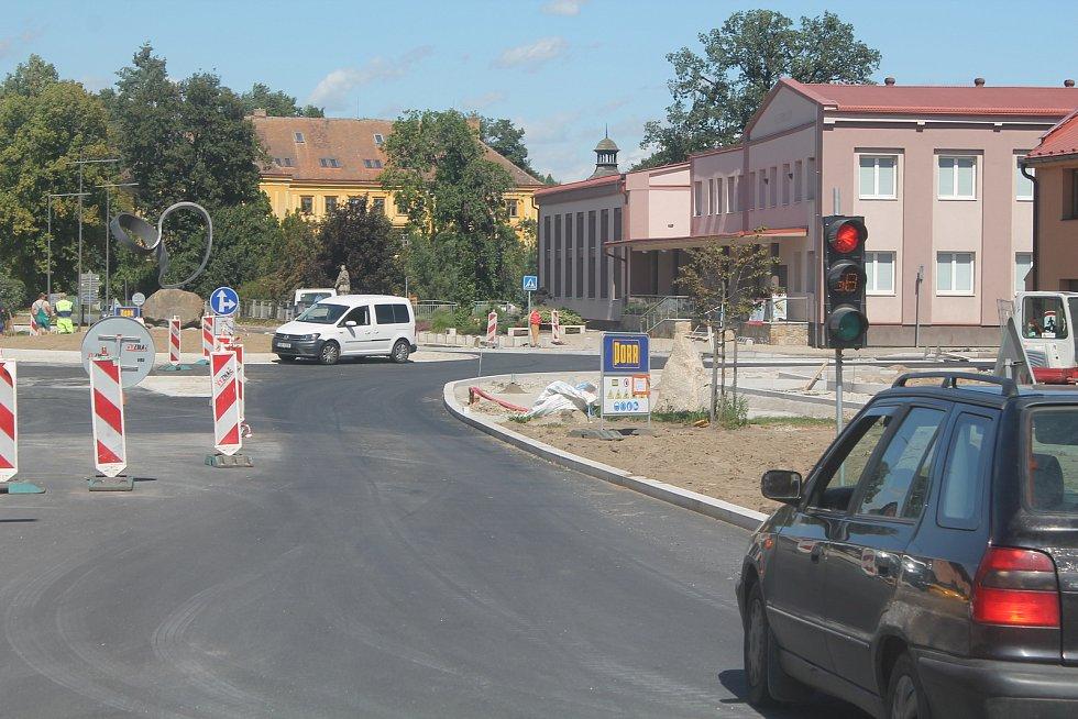 Práce v centru Batelova.