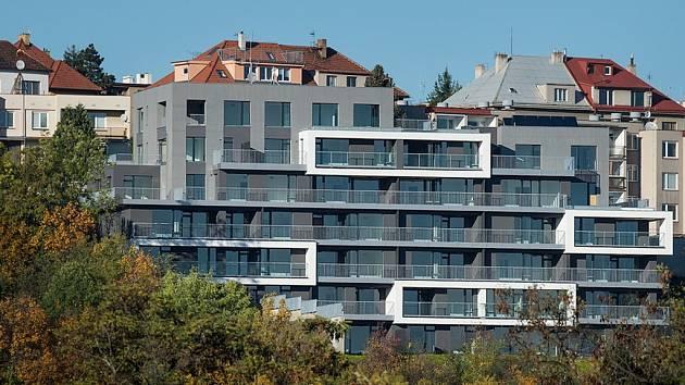 Luxusní byty. Jihlavská stavební společnost PSJ postavila viladům v Praze. Všechny byty jsou už prodané.