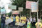 Brzkovští loni v září uspořádali protestní pochod, kterého se účastnilo asi sto osmdesát lidí.