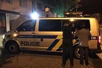 Pět migrantů z Afghánistánu se snažilo dostat přes Českou republiku. Na Vysočině je zadrželi policisté .