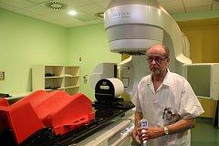 Takto vypadá lineární urychlovač v jihlavské nemocnici vypadá, jedná se o nejdražší přístroj pořízený v nemocnici za poslední roky.