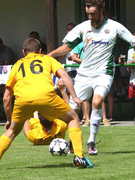 První výhra. Fotbalisté Rantířova zvládli druhý domácí duel sezony na výbornou. V derby zdolali Telč 3:1, a po víkendu mají na svém kontě už čtyři body.