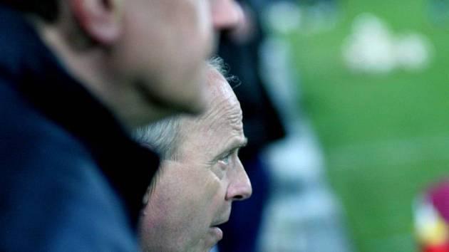 Trenér Milan Bokša bude mít na jaře ještě hodně starostí. Tou hlavní je dostat tým zpět na postupovou pozici.