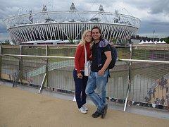 Atmosféru olympijského stadionu si vychutnali i Martin Kadlec s Kristýnou Bidlovou.