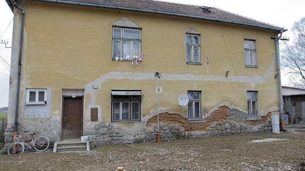 Laurova cihelna  v Telči připomíná zatím staveniště.
