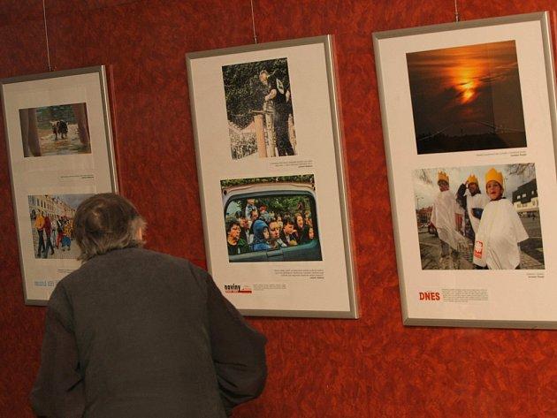Vysočinský Syndikát novinářů Vysočina pořádá na krajském úřadě výstavu Region Press Foto 2013.