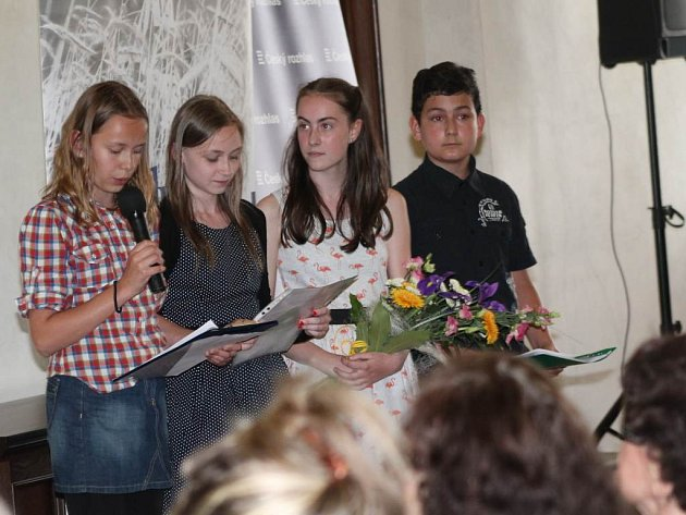 Na jihlavské radnici prezentovali žáci těžké osudy lidí po válce.