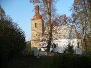 Kostel sv. Petra a Pavla v Petrovicích.
