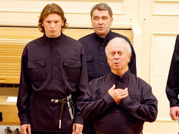 Kozáci z východu pravidelně koncertují v Česku.