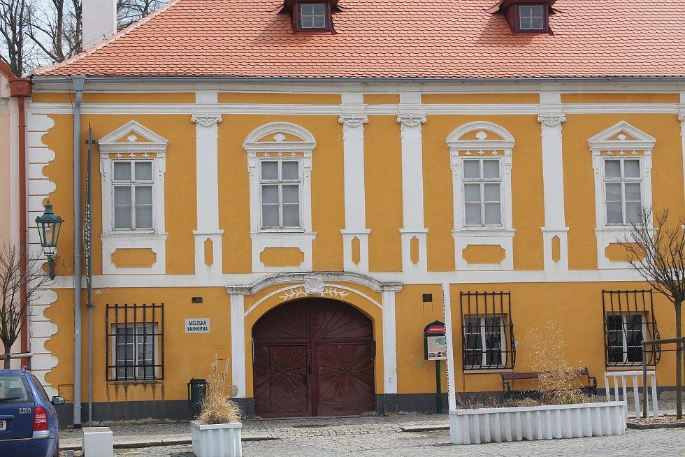 Rodný dům Josefa Hoffmanna vítá tradičně řadu kulturních akcí.