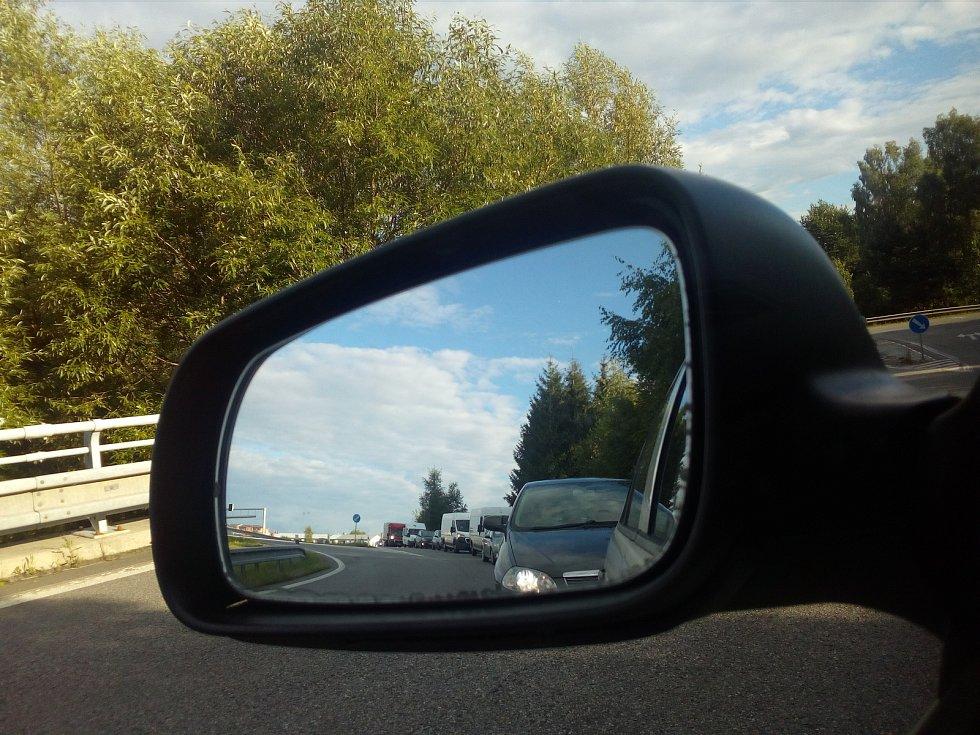 Oprava silnice II/602 z Jihlavy ke Dvorcům na kruhový objezd.