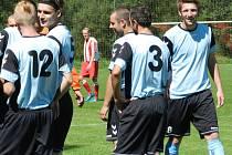 Fotbalisté Černíče se mohou dodatečně radovat z postoupu do I. A třídy. Možnost jít výš dostali po tom, co druhý Herálec postoupit odmítl.