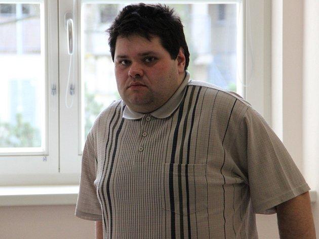 Pavel Němec přiznal odpovědnost za úraz Ireny Hlouškové a proti rozsudku se neodvolal. V jihlavské nemocnici zatím dál pracuje jako sanitář.