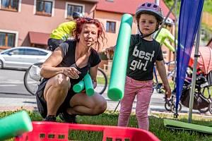 Dopravní hřiště v Jihlavě U Rybníčků za City Parkem bylo na Světový den kola plné dětí.