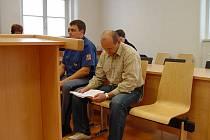 Martin Vehnhaurer sice nejspíš odejde od soudu s trestem, ale získat od něj i zpronevěřené peníze bude asi prakticky nemožné.