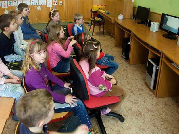 Malotřídky mají tu výhodu, že učitel se může dítěti individuálněji věnovat. V jihlavském okrese je v současné době celkem dvanáct takových tříd.