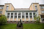 Poděkování záchranářům v oknech ZŠ T. G. Masaryka v Jihlavě.