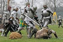 Atraktivní příběh a souboje rytířů přišlo shlédnout přes tisíc místních i přespolních diváků.