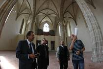 Rekonstrukce jihlavského kostela Povýšení sv. Kříže budila obdiv už během prací na této památce.