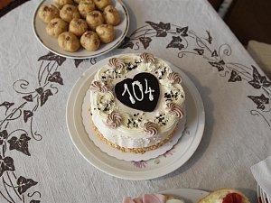 Primátorka popřála Heleně Kyralové ke 104. narozeninám
