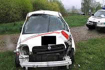 Nehoda automobilu v Bezděčímě.