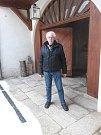 Památkář Pavel Jerie v Telči opravil měšťanský Nexův dům vedle věže svatého Ducha.