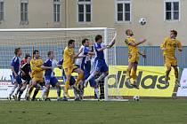Ve Znojmě jihlavští fotbalisté dostali hned v úvodu utkání direkt, ze kterého se už nevzpamatovali.