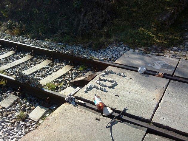 Srážka s vlakem, karambol na D1, auto ve zdi. To jsou nehody z Jihlavska