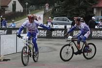 Cyklisté v sobotu závodili v Lovětíně.