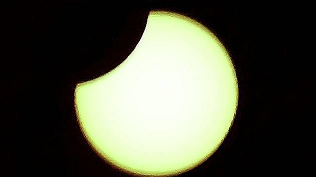 Zatmění Slunce bylo možné pozorovat z vrchu jedné z jihlavských památek - Brány Matky Boží.