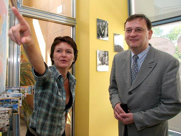 Ministr práce a sociálních věcí Petr Nečas (ODS).