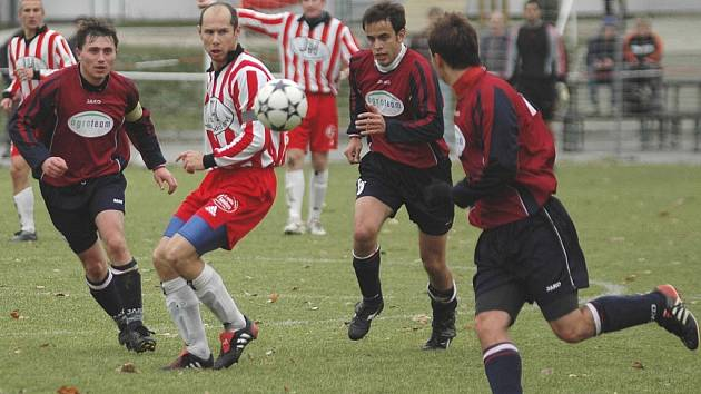 Ve žďárském dresu by proti Slovanu mohl nastoupit Jan Šimoníček (uprostřed), jehož drtivá část kariéry je spojená právě s Havlíčkovým Brodem.