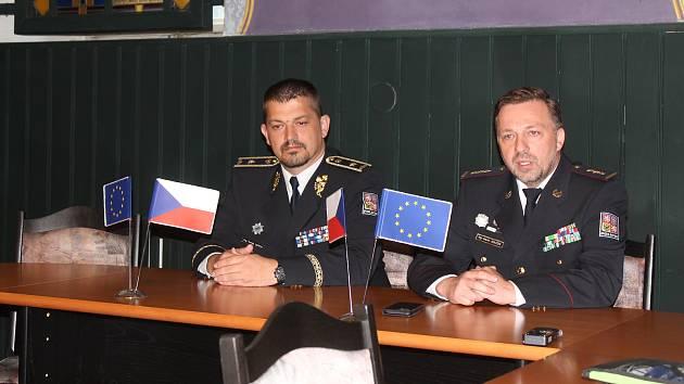 V Jihlavě se právě začíná vzdělávat třiadvacet budoucích dopravních policistů.